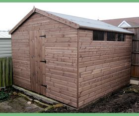 10 x 10 apex garden shed with slit windows