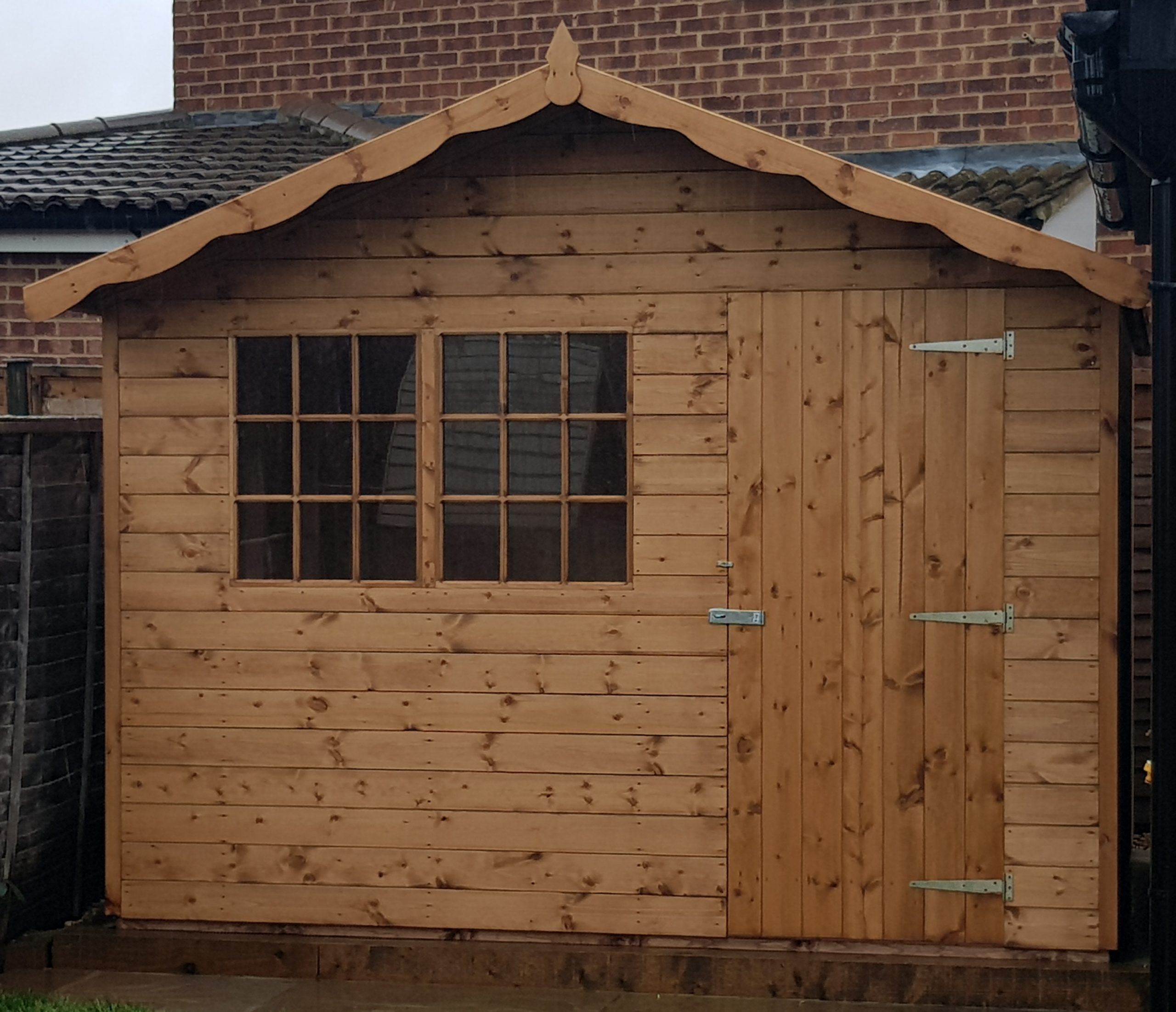 10 x 8 cabin style shed without window box and left hand door